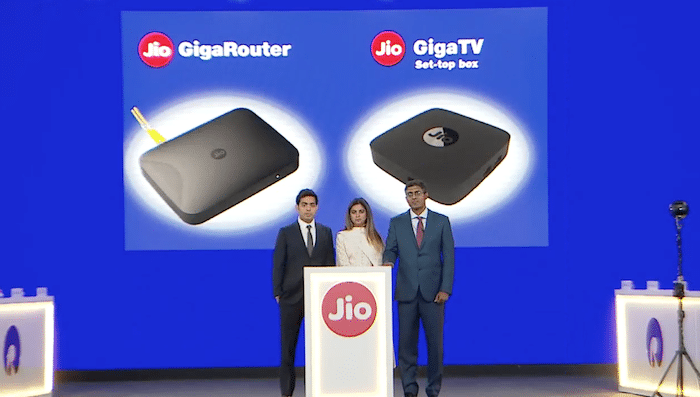 Jio GigaFiber Broadband will offer free 300GB Data For First Three Months To Every User